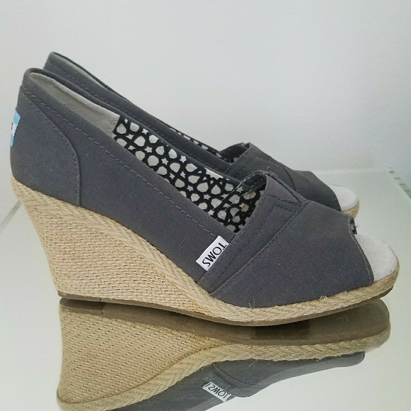 faf50f698d3a Toms Shoes - Toms Calypso Wedge in Ash Gray